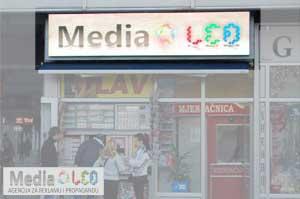 Displej Media-Led agencije u centru Prijedora
